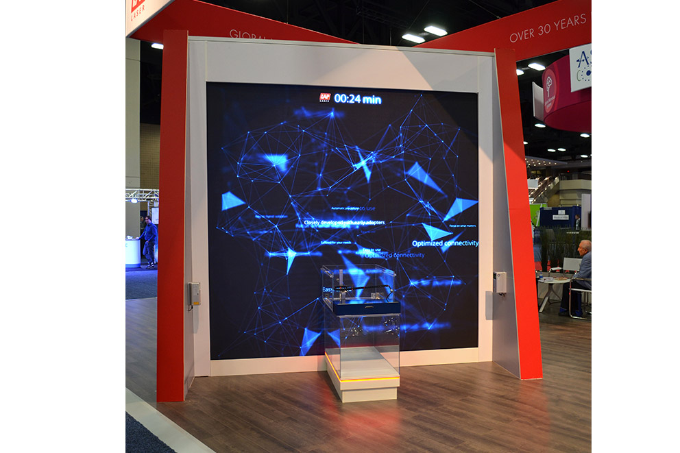 THALES 3D MR SCANNER in front of LED video wall at ASTRO 2018